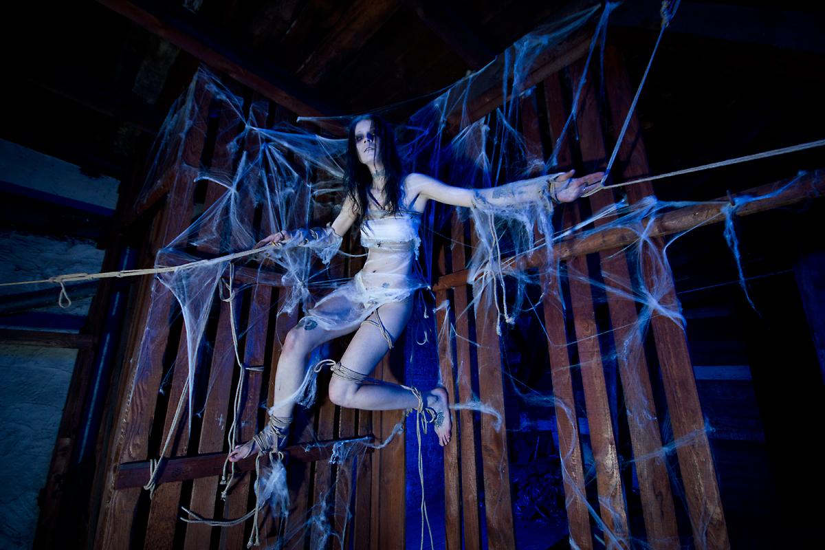 Kalendershooting | Halloween | Bondage Merlin Noack | Elisa Leibelt