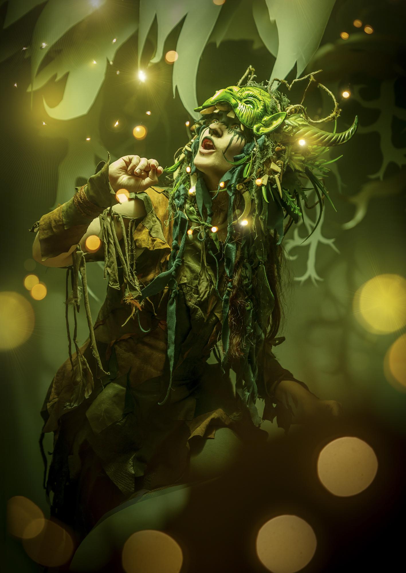 Kalendershooting | Kostüm und Make Up | Headdress von Maskenzauber Marén Söhnlein | Britta