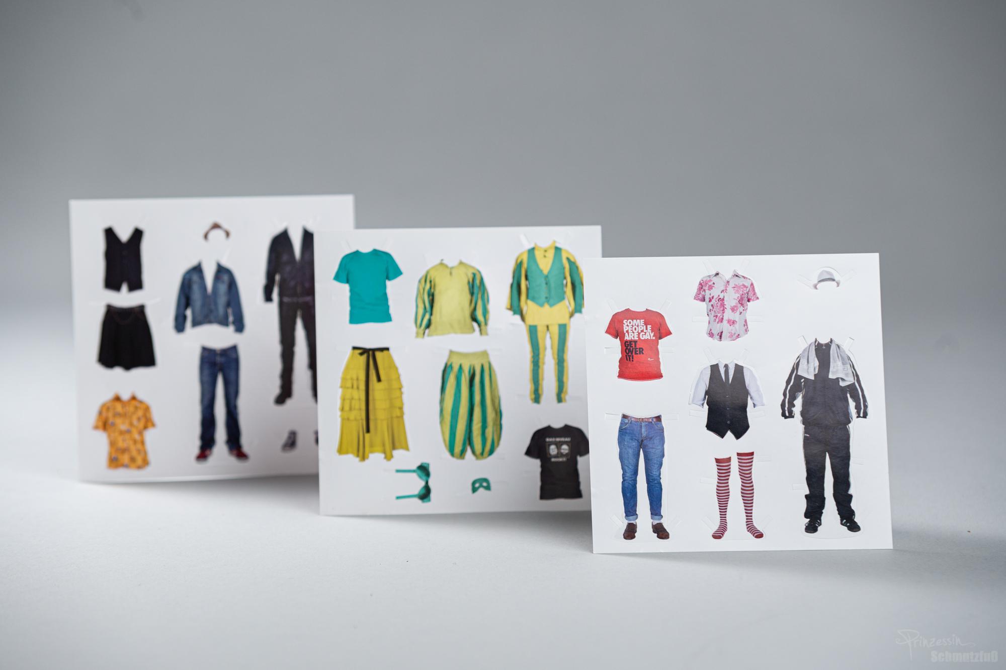 Beileger für Booklet | Stanzungen erstellen | Kleidung freistellen und ggf. anpassen an Haltung der Musiker | Das Niveau Rockt!