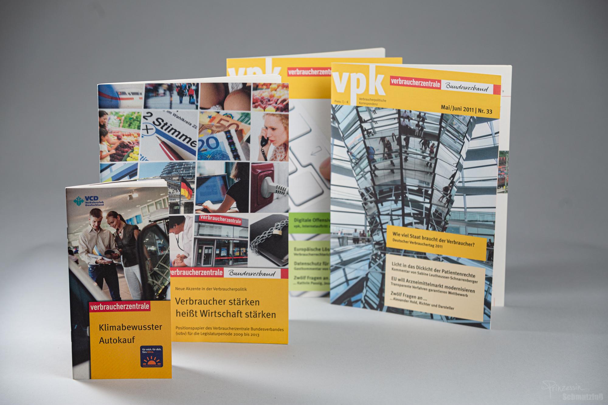 Text- und Bidanpassung sowie Textsatz nach vorgegebenem CD | Verschiedene Broschuren | Verbraucherzentralen | Anstellung bei da vinci design